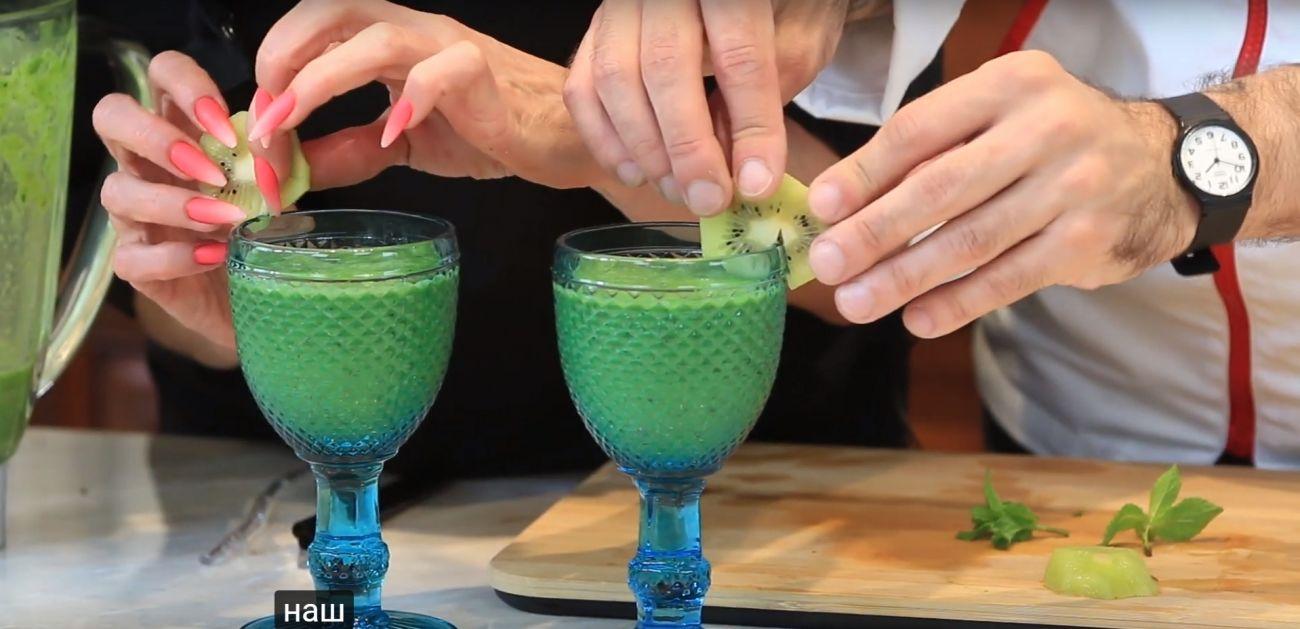 Зеленый коктейль со шпинатом — стоит попробовать!